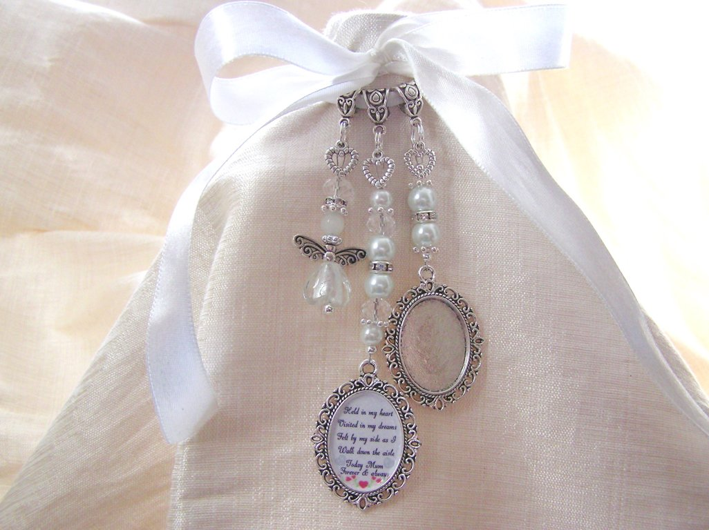 wedding bouquet charm personalised bridal bouquet charms treasured keepsakes 8446